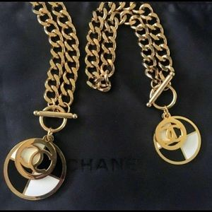 Beautiful necklace and bracelet set